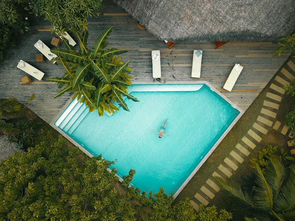 resorts moringa coco pool piscine luxe luxury relax massage